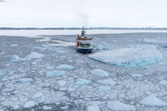 csm_20170217_Polarstern_Amundsenmeer_PS104_096_TRonge_ded5adafea