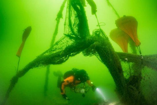 Geisternetzbergung-vor-Ruegen-01-Foto-Cor-Kuyvenhoven-Ghostfishing