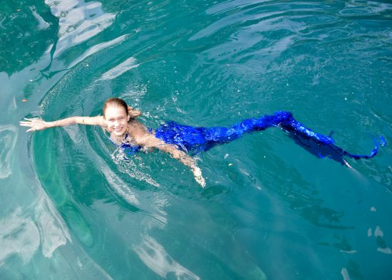 Mermaid Training Courses show you how t swim like a mernaid