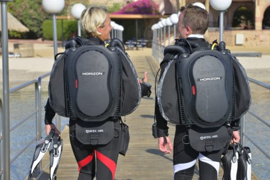Divers with a semiclosed Rebreather
