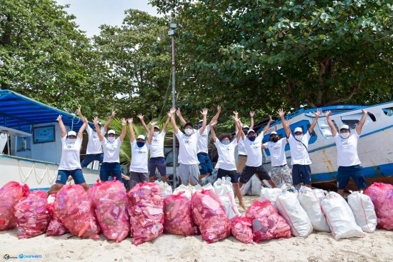 Trash Waste Solutions has organized a beach clean-up in Indonesia